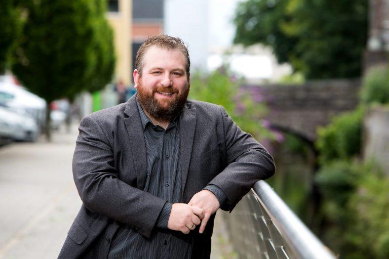 Alastair McDermott - Host of The Recognized Authority Podcast